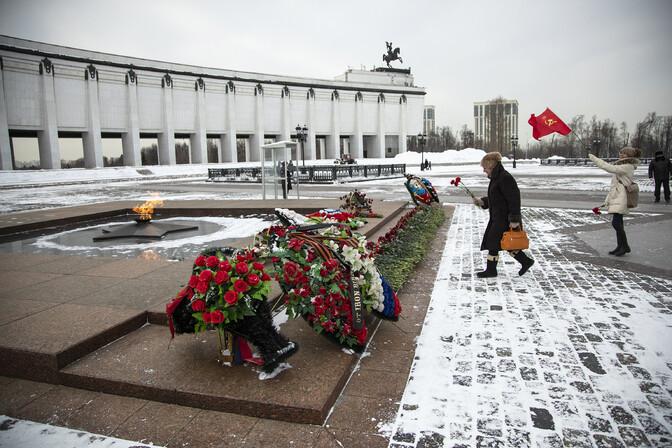 Moskva politsei tõkestas meeleavalduse takistamiseks Kremli ümbruse