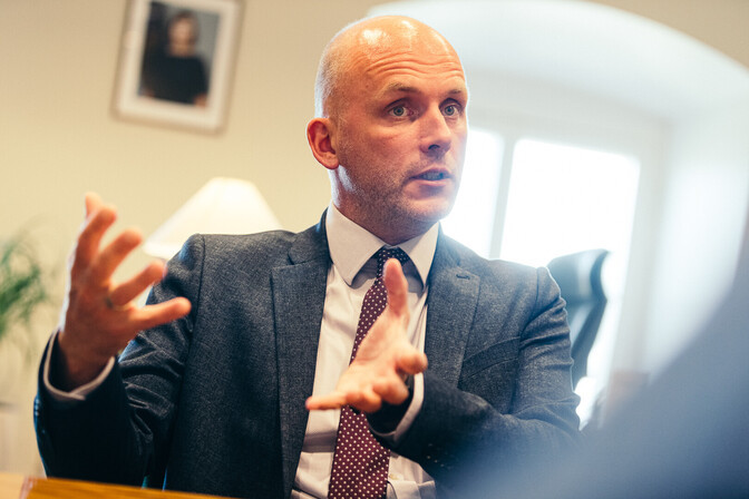Riigisekretär: Estonia huku erauurimine tõstatab õiguslikke küsimusi