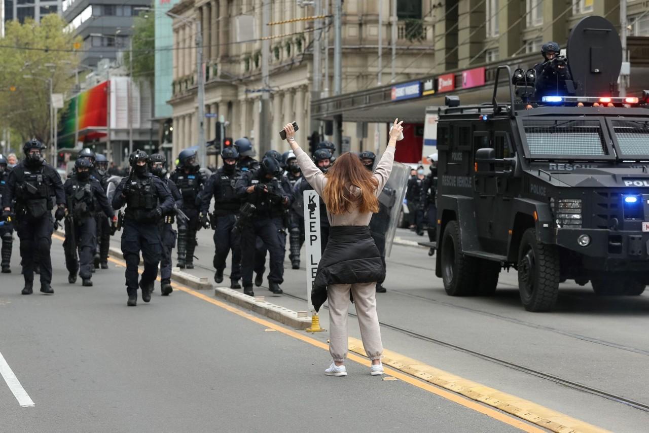 Austraallased mässavad koroonapiirangute vastu