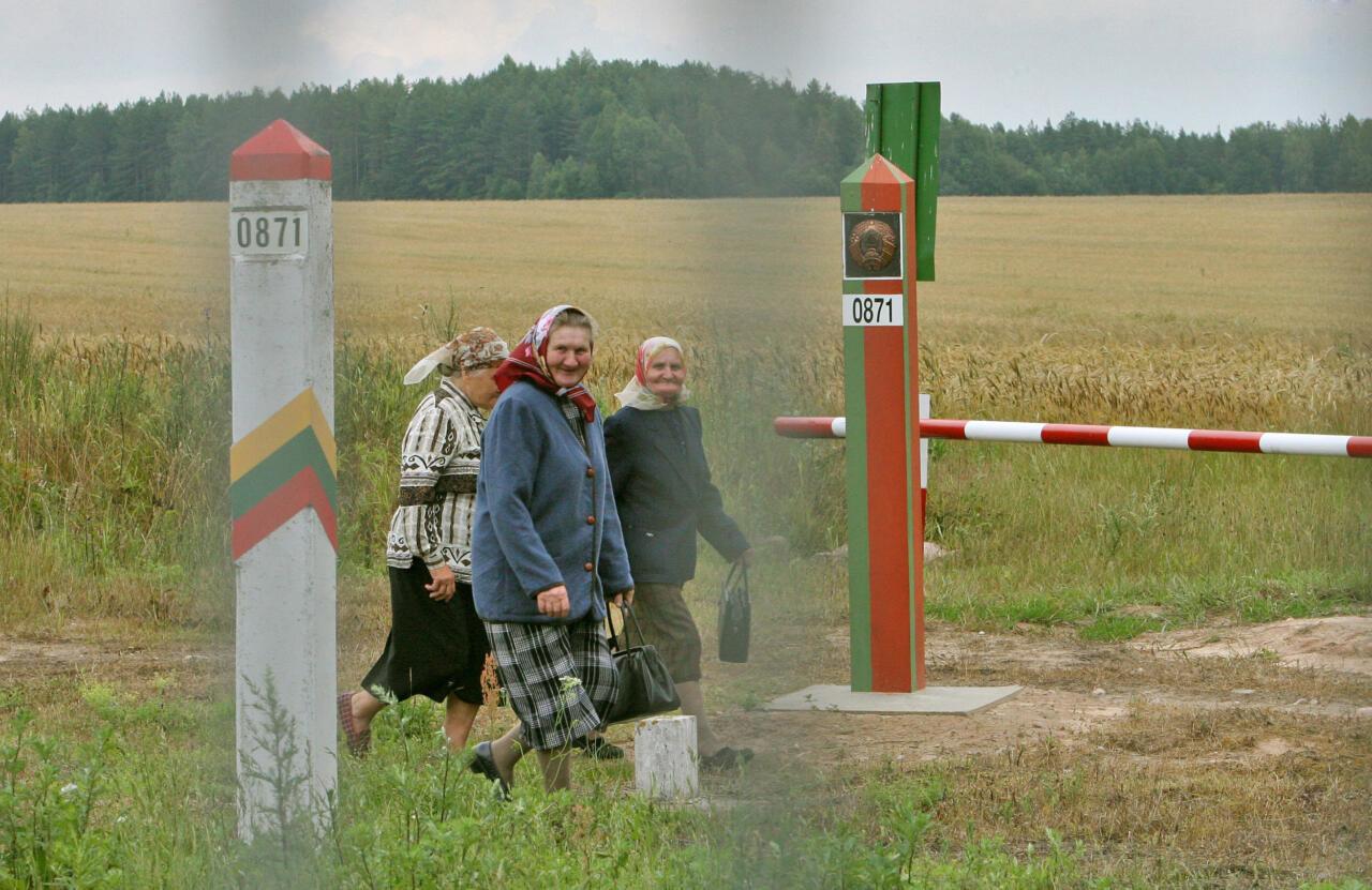 Minski kunstlik rändesurve: Leedu pidas Valgevene piiril kinni veel 32 sisserändajat