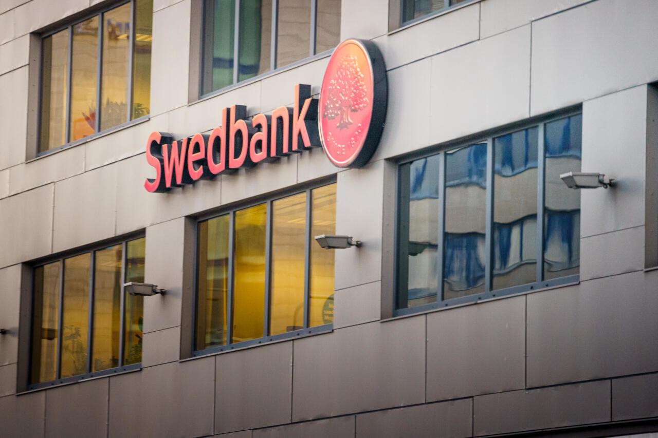 Martin Helme tuletas Swedbanki juhtidele meelde, et rahapesu uurimises tuleb teha Eestiga koostööd